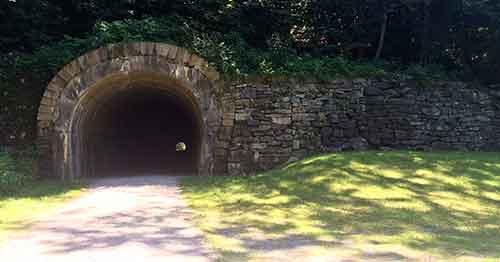 Staple Bend Tunnel